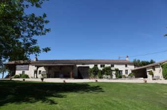 Domaine Viticole with a beautiful residence  with 26 hectares of land, pool and tennis court.