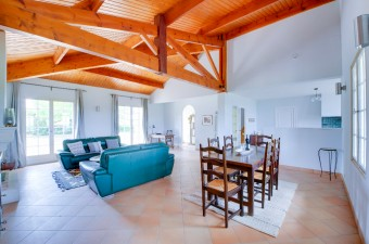 Lovely countryside 3-bedroom property a few steps from St-Emilion